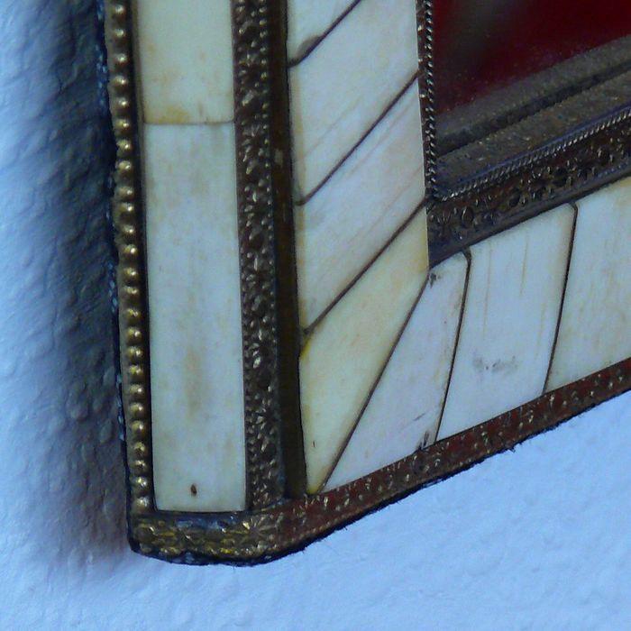 orientalischer spiegel f r die wand. Black Bedroom Furniture Sets. Home Design Ideas