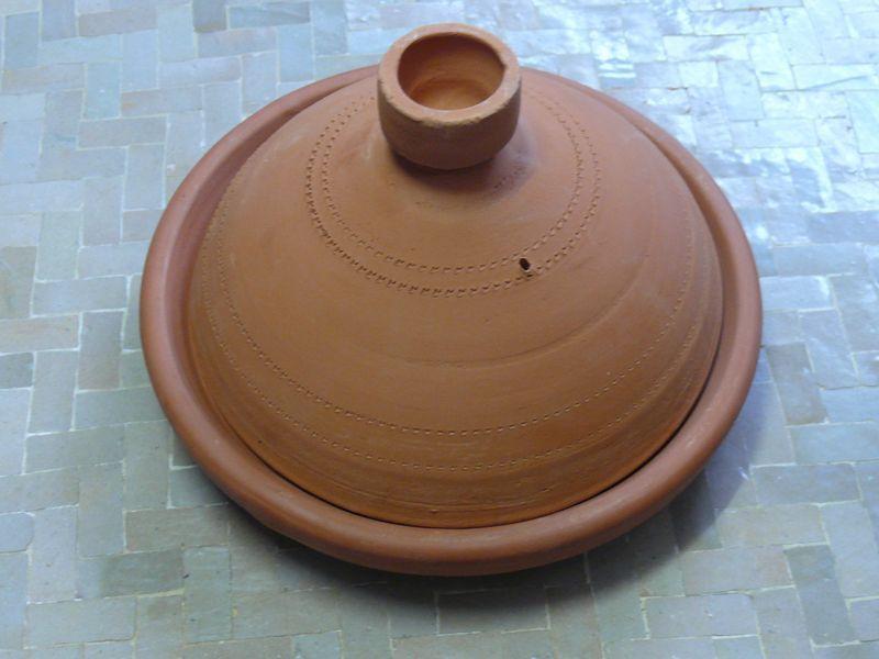 Marokkanische tajine zum kochen unglasiert 30 cm f 3 4 for Kochen 4 personen