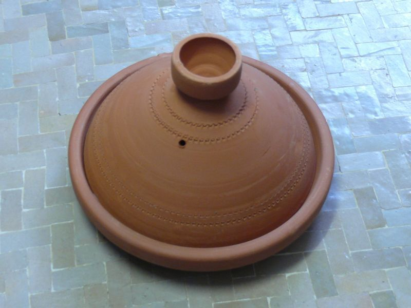 Marokkanische tajine zum kochen unglasiert 25 cm f 2 for Kochen 5 personen